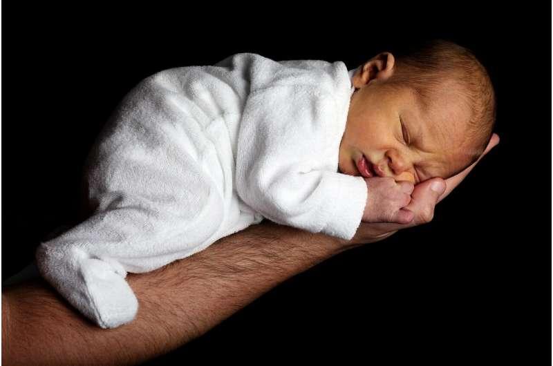 新的数据显示,怀孕期间吸电子烟对小孩的发育有影响的